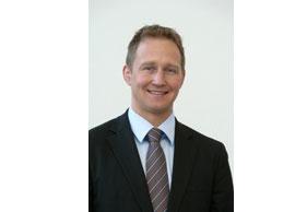 """Stefan Schwerdtle, Werksleiter der neuen Festo Technologiefabrik Scharnhausen: """"Der Entwicklungsprozess geht weiter ...""""; Bild Festo"""
